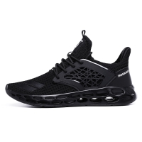 2019 Ultra Light Sneakers Men Summer New Style Breathable Baseball Shoes Men Solid Cheap Hot Sale Outdoor Sports Shoes