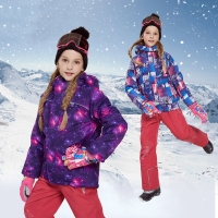 Winter Children Hooded Ski Suit Girls Skiing Jacket + Snow Pants Waterproof Snowboard Clothing Suit Set Warm And Windproof